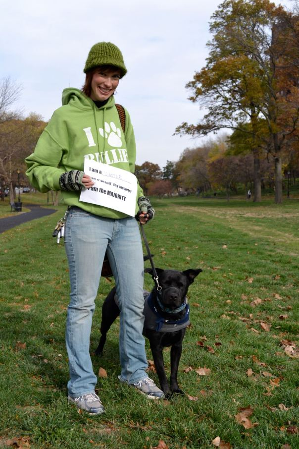 Pit bull supporter with sign